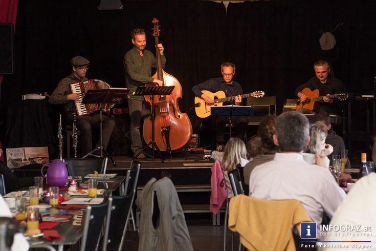 """Am 1.3.2015 hat die Kulturwerkstatt Graz zu einer beswingten Matinee mit 'GitanEsprit' eingeladen. Brunchen und Musik genießen, ein Schmaus für alle Sinne.   """"#Kulturwerkstatt #Graz"""" """"#beswingte #Matinee"""" #GitanEsprit #Brunchen #Musik #genießen #Schmaus #Band """"#Swing #Manouche"""" """"#Gypsy-#Jazz"""" """"#Jazz-#Stil"""" #Feuer #Temperament """"#Musik der #Roma und #Sinti"""""""