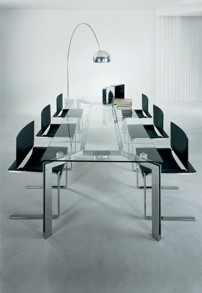 CasaDesús - Tango Dining Table & Vegni Chairs