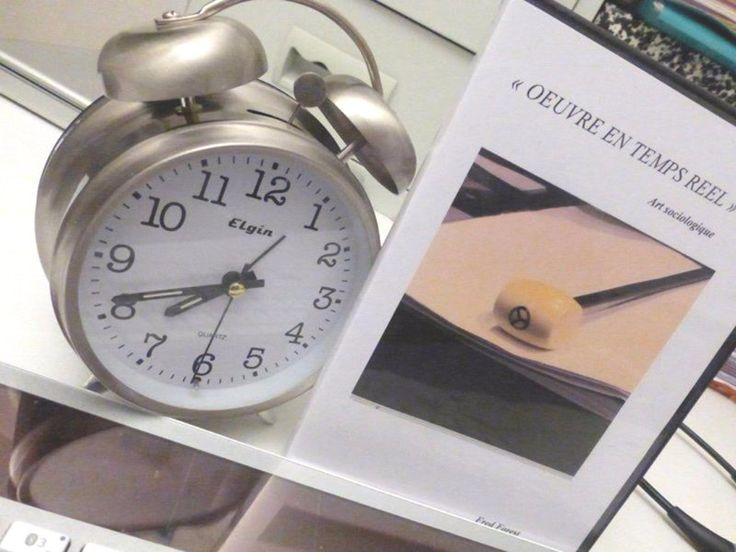 Oeuvre en Temps Réel de l'artiste Fred Forest, un des pères fondateurs de l'#artvideo avec Nam June Paik et Andy #Warhol et exposé au Centre Pompidou à en 2017 ! Aux #encheres le 30 mars à @GazetteDrouot  #art #auction #Paris