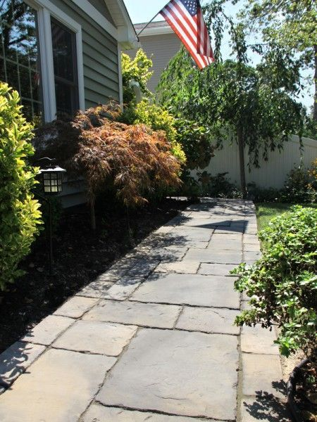 Stone pavers walkway for a natural look.