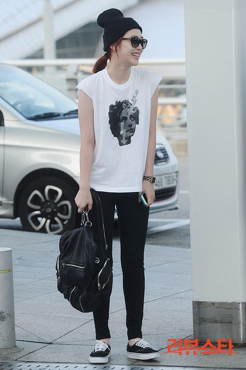 Fx Sulli Korean Stars Airport Fashion Casual Style Pinterest Airport Fashion