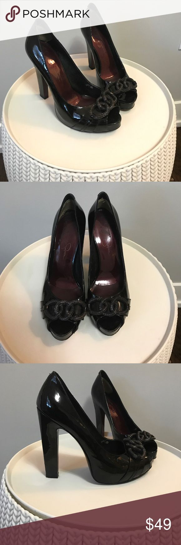 Jessica Simpson black pumps Great condition Jessica Simpson black pumps. Chunky heal makes for a more comfortable night out. Jessica Simpson Shoes Heels