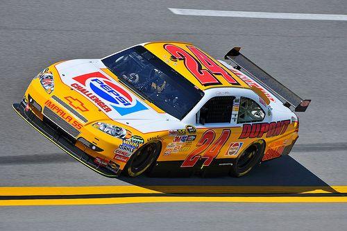 jeff gordon car   Jeff Gordon's #24 Car in Retro Pepsi Paint Hits the Talladega Track ...