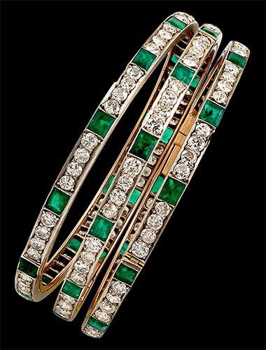 Circa 1930 3pcs. Diamond & Emerald Bangle