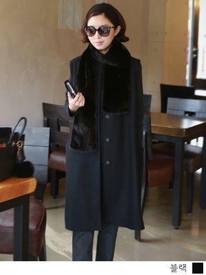 korean fashion online store [COCOBLACK] Class mink muffler / Size : FREE / Price : 920.02 USD #korea #fashion #style #fashionshop #cocoblack #missyfashion #missy #acc #muffler #mink