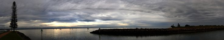 https://flic.kr/p/HBv5pD | early morn panorama scarborough harbour in june 2016 (10)
