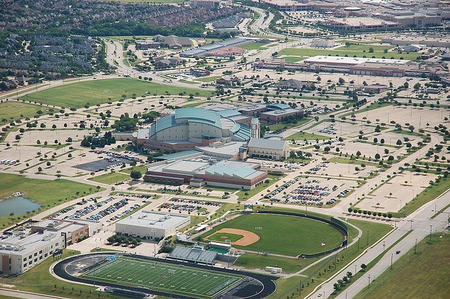 Prestonwood Baptist Church in Plano, Texas; one of the biggest churches in the country: Building, Park, Resort, Aerial, View, Hotel, Place, Photo, Kid
