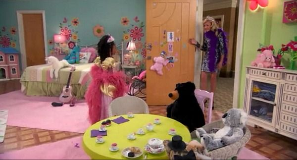 the fabulous family penthouse on the disney show jessie