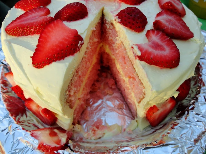 Strawberry Lemonade Layer Cake | Veronica's Cornucopia