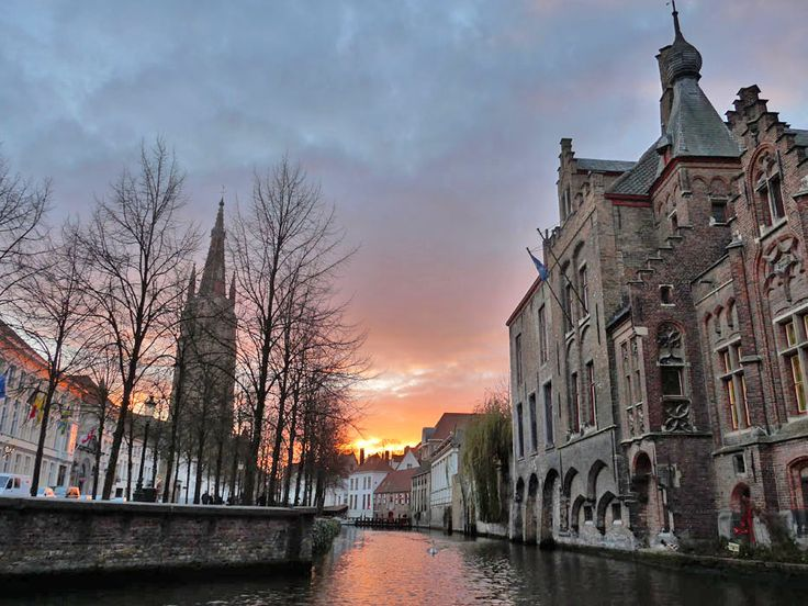 Bruges, una fiaba nelle Fiandre: http://www.thegirlwiththesuitcase.com/2016/01/cosa-vedere-a-bruges-nelle-fiandre.html