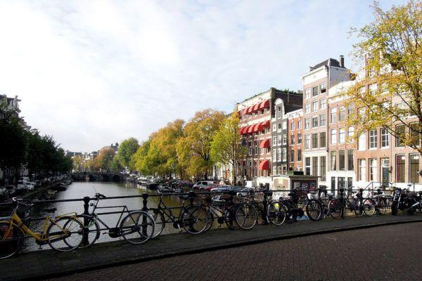 Amsterdam na weekend. Co warto zobaczyć?