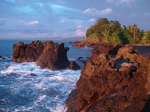 Piedras en el mar, Chocó - (Región de la Costa Pacífica)