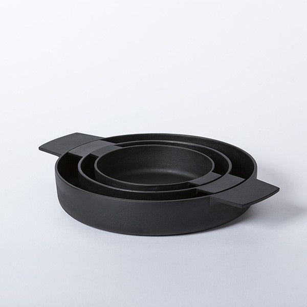 Set of Cast Iron Pans (Kumi Nabe) designed by Kamasada Ironworks.