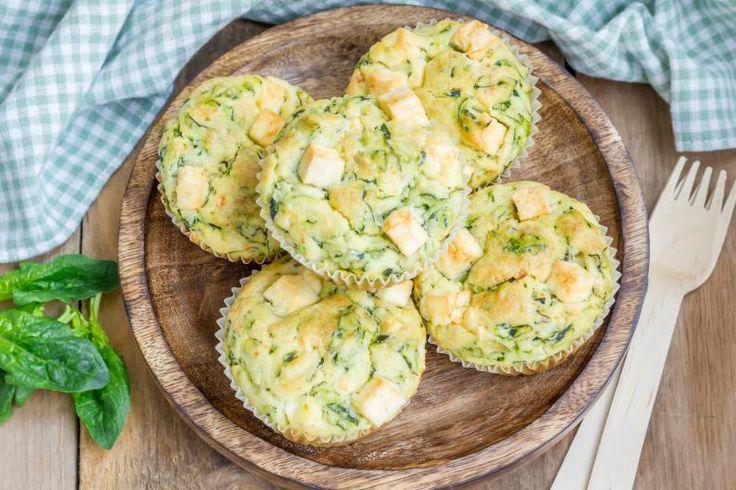 ¿Con ganas de comer algo sano, rico y delicioso? ¡Entonces tienes que probar estos muffins salados en la licuadora!En menos de 45 minutos los tendrás en tu mesa y podrás disfrutarlos con toda tu familia.¡Cuéntame qué tal te quedan!Ingredientes:Para la masa2 tazas de leche2 huevos2 tazas de harina de trigo1 cda d