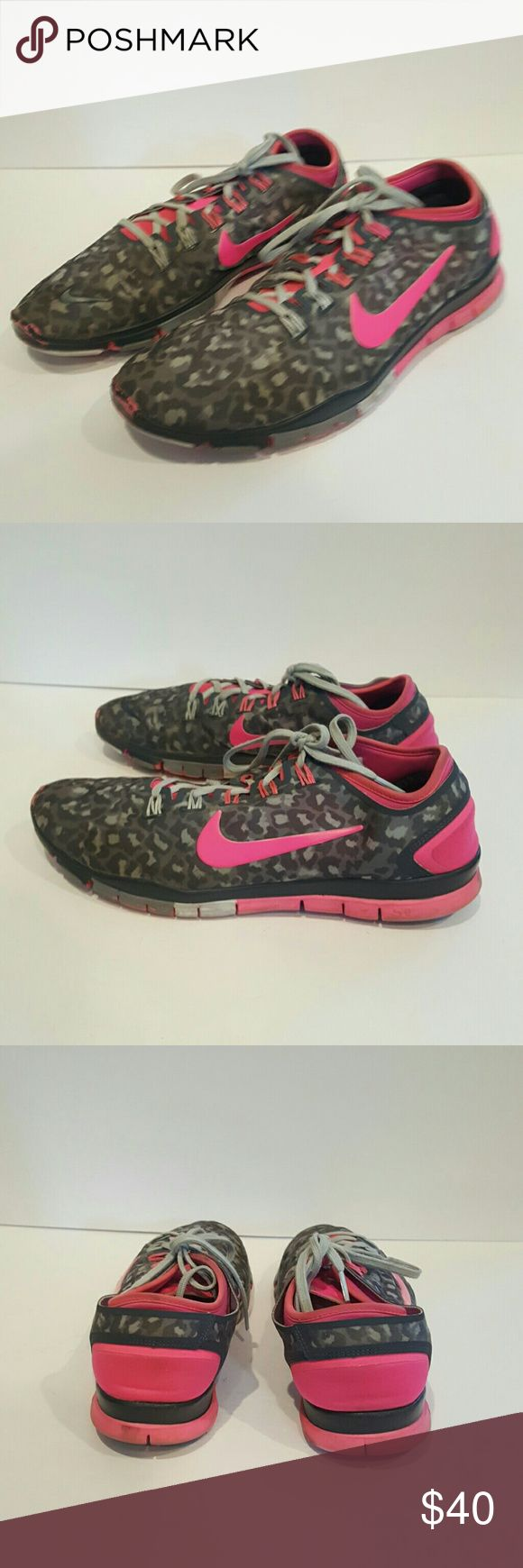 NIKE FREE TR CONNECT 2 PINK GREY CHEETAH NIKE WOMENS SIZE 10 CHEETAH AND PINK SMALL HOLE IN FRONT NOT NOTICEABLE LOTS OF LIFE LEFT RARE COLOR WAY SO CUTE! Nike Shoes Athletic Shoes