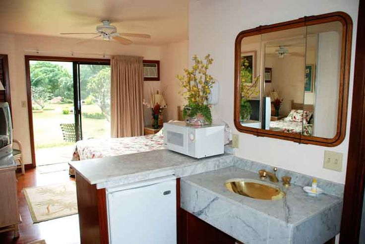 Coin Operated Laundry For Sale | Inn for sale in Hawaii