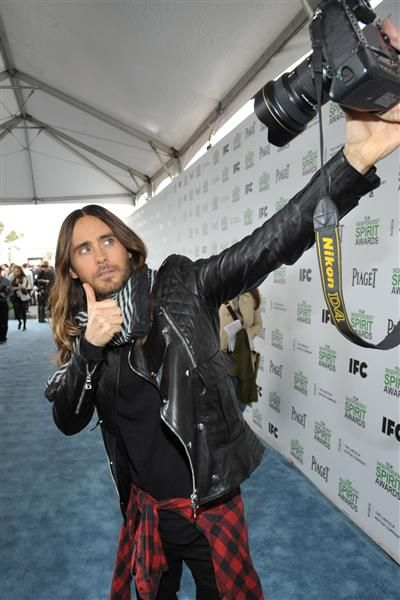 Jared Leto's selfie-taking skills are unrivaled. If you think you've mastered the iPhone, wait till you get a load of what the 30 Seconds to Mars rocker can do with a professional-grade camera. The Oscar winner proved that even he loves a photo of Jared Leto at the 2014 Film Independent Spirit Awards.RELATED: Jared's hairdos and don'ts