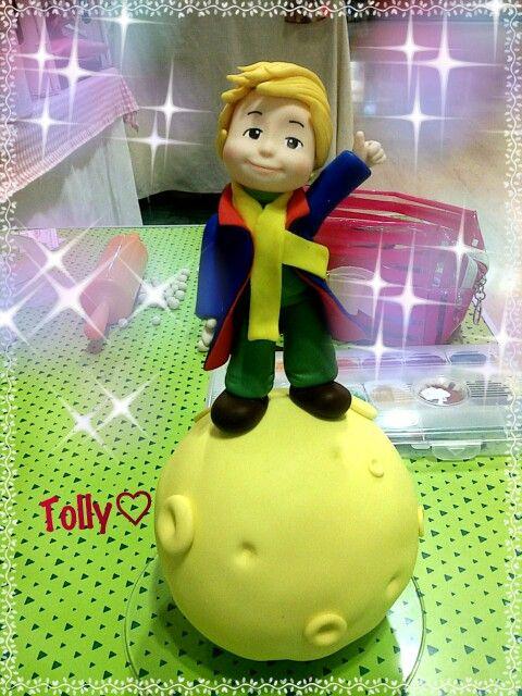 #caketopper #actionfigure by #tollykawaiiaccessories #taranto  #piccoloprincipe #cake #figurine #handmade #torta #fiabe #compleanno #bimba #statuetta by #tollykawaiiaccessories