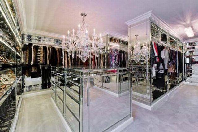 Women 39 s closet closet inspo pinterest beautiful for Fancy walk in closet