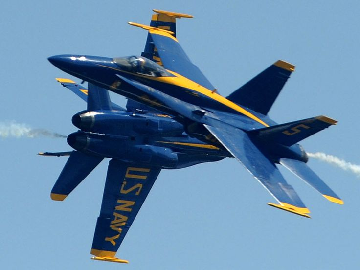 The Blue Angels are baaaack! The show is this weekend, but have been doing practice runs over my house all morning!