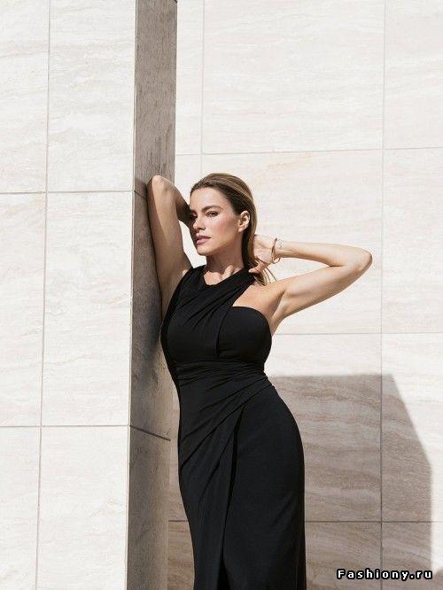 София Вергара в фотосесии для The Edit