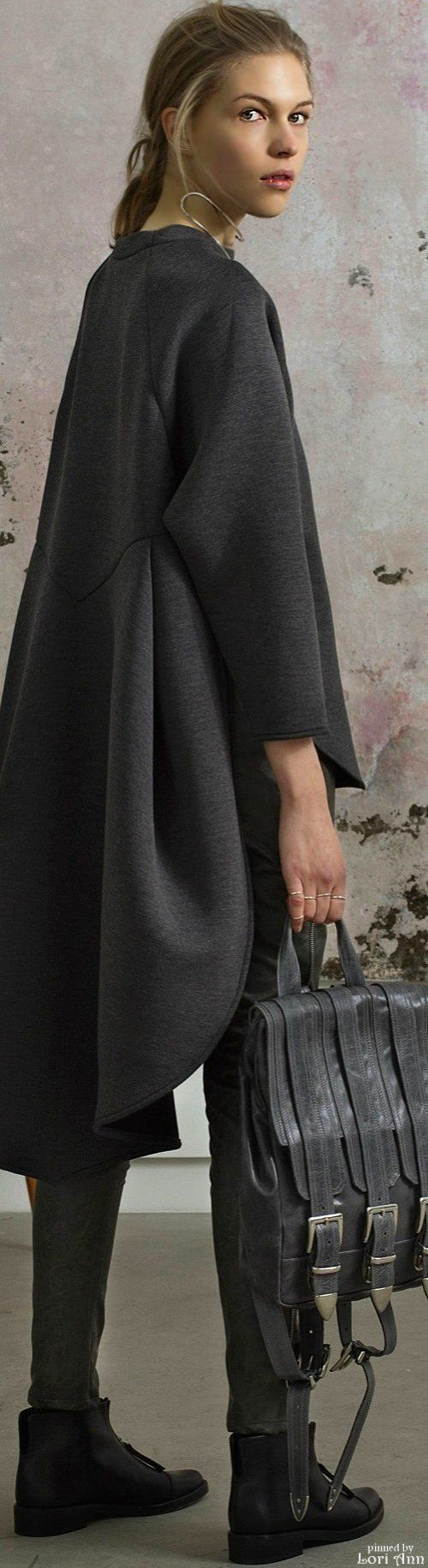 I like the shape I love how it drapes. Beaufille Fall 2015 RTW