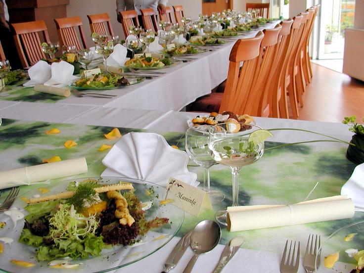 svatební hostina zelená, green wedding table