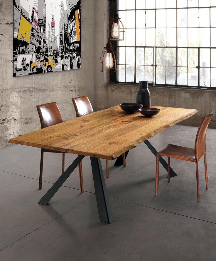 Jetzt bei Desigano.com Nevada Esstisch Wild Tische, Esstische, Tische, Esstische aus Holz von Oliver B. ab Euro 1 767,00 € Der Esstisch NEVADA von Oliver B. passt durch seine Massivholzplatte (3cm dick) in Eiche und sein Metallgestell perfekt in moderne, rustikale Wohnungen und Häuser. Der Esstisch als Treffpunkt ist ein echter Hingucker und bringt besonderes Flair in Ihren Wohnraum. Überzeugen Sie sich selbst von diesen schönen Möbelstück und bringen Sie frischen Wind in Ihren Essbereich…