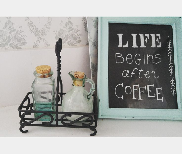 Ensemble pastel Aqua, savon, chalkboard frame, tapisserie vintage fleurie