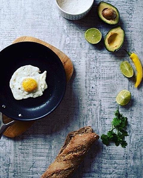 I know! I did it again  but what can I do if I love love love love this breakfast.  Its Friday lovely people!!!!!  Let's enjoy it! Xx