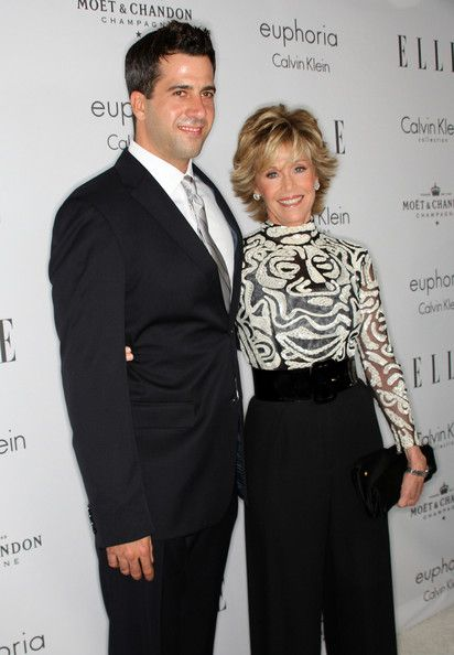 Jane Fonda Troy Garity Photos - Actress Jane Fonda (R) and son Troy Garity arrive at the 15th annual Women In Hollywood Tribute hosted by ELLE Magazine at the Four Seasons Hotel on October 6, 2008 in Beverly Hills, California. - 15th Annual Women In Hollywood Tribute - Arrivals