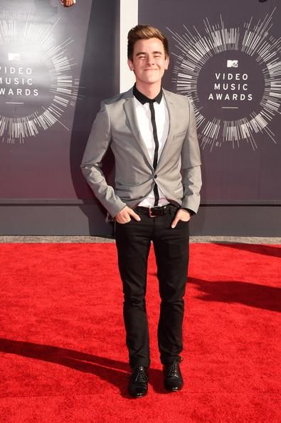 Connor at the MTV Music Video Awards :)