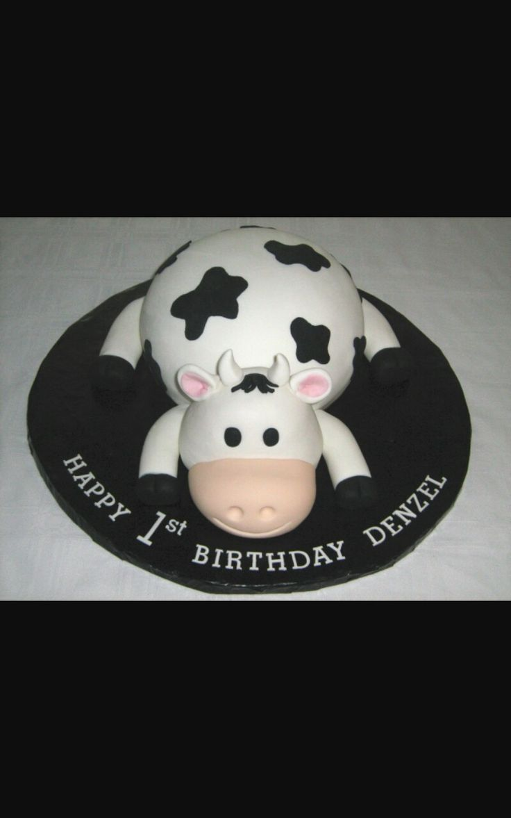 63 Best Cow Cakes Images On Pinterest Cow Birthday Cake Cow Cakes