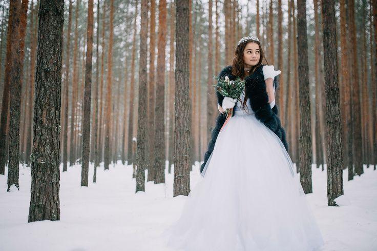 #wedding #dream #weddingphoto #weddingdress #crown #tiara #weddingvibes #fashion #свадьба #свадебноеплатье #тиара #жених #невеста #married #kiss #furvest #weddingflower #flowers