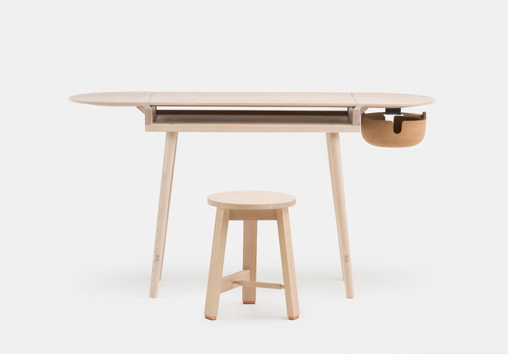 Studioilse, the studio of Ilse Crawford, created a family of furniture for manufacturer De La Espada that aims to support you in everyday life.