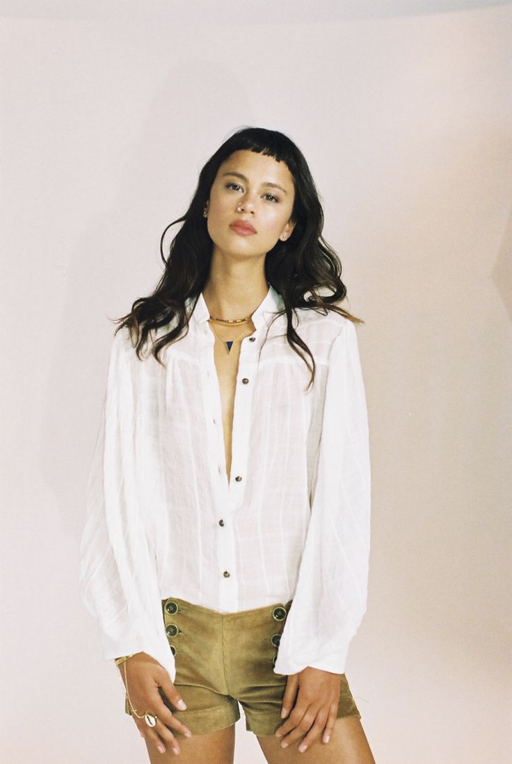The Raphael Shirt and The Babette Shorts on @elfyscott | white / billowing sleeves / muslin cotton / 70s / design / model style / corduroy /