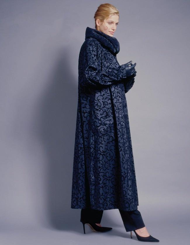 Black Mycra Pac Velvet Swirl Long Raincoat   Plus Size ...   650 x 840 jpeg 98kB