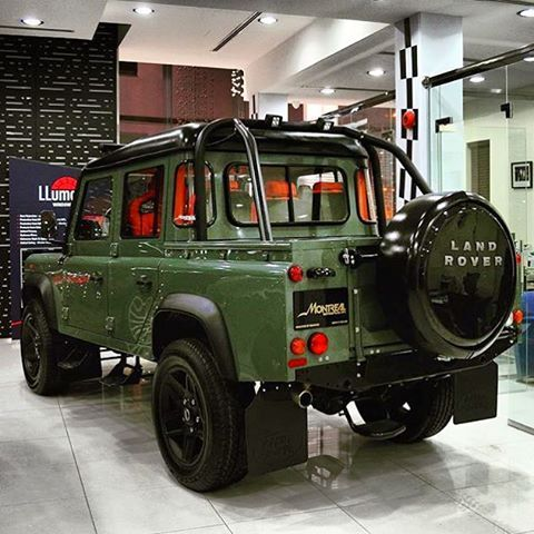 Land Rover Defender 130 Td4 customized TWISTED adventure. Perfect