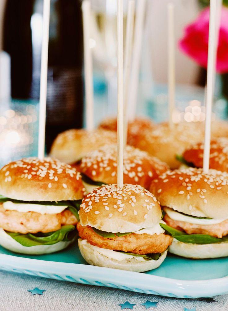Fischburger | Zeit: 25 Min. | http://eatsmarter.de/rezepte/fischburger-5