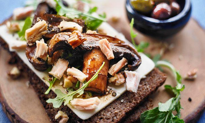 Healthy Recipes | Tuna & Grilled Portobello Open Face Sandwich Recipe | Made with canned tuna | Gold Seal