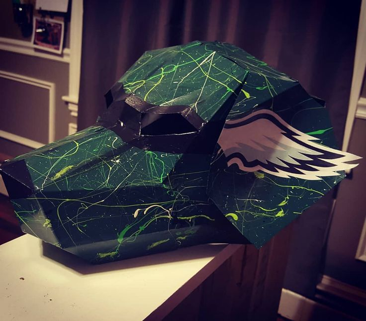 new @philadelphiaeagles design I just did for @phillydogmasks #phillydogmasks #philadelphia #philadelphiaeagles #eagles #superbowl [all sales of these masks are donated 100% net profit to charity]  catch these at this year's #Superbowl #art by #theneverlandkid #koolwhipfl #creative #creativity #painting #origami