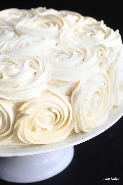 Rose Cake Tutorial - 1M open star tip + buttercreme!