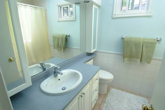 Luxurious ensuite includes a deep therapeutic soaker tub and separate shower. $596,000