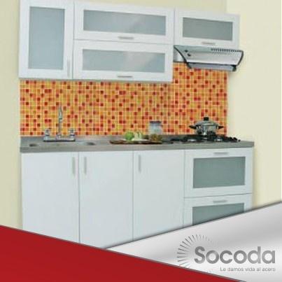 Simplicidad y elegancia, la técnica del mosaico contrasta muy bien en las cocinas Socoda. Le damos vida al acero.
