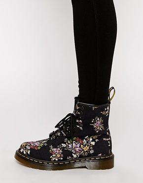 Enlarge Dr Martens Core Floral Print Castel 8-Eye Boots