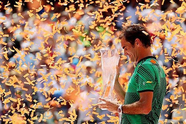 マイアミ・オープン11年ぶり3度目の優勝を飾ったロジャー・フェデラー【写真:Getty Images】