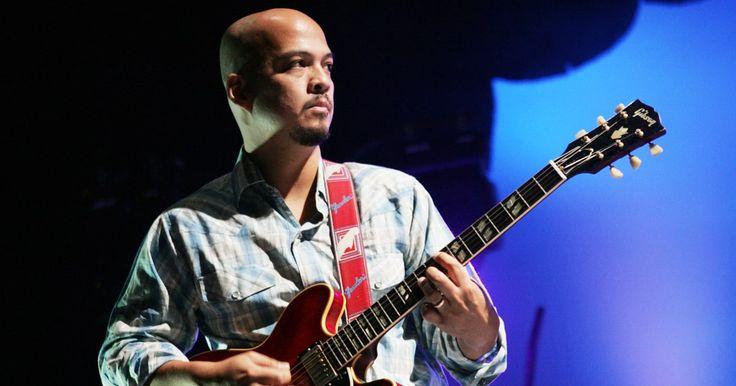 Pixies Guitarist Joey Santiago Enters Rehab #headphones #music #headphones