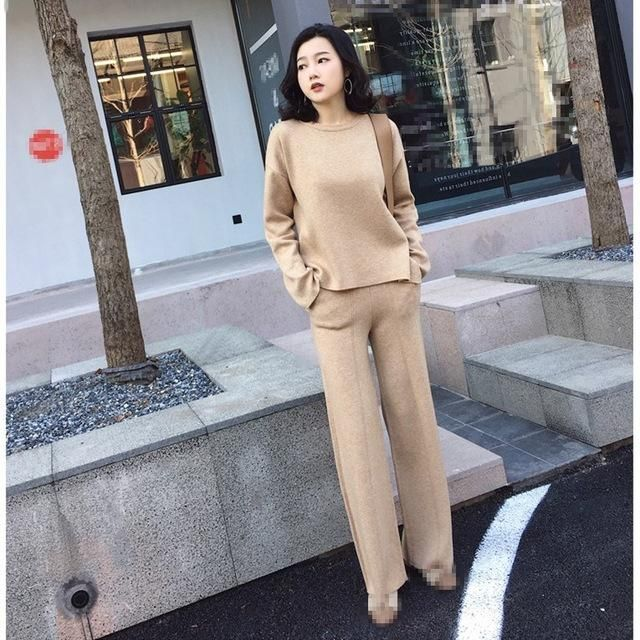 Hot Sale 2018 Autumn Winter Women Two Piece Sets New Fashion Split Sweaters And Wide Leg Pants Knitted Suits Casual Outfits Yell