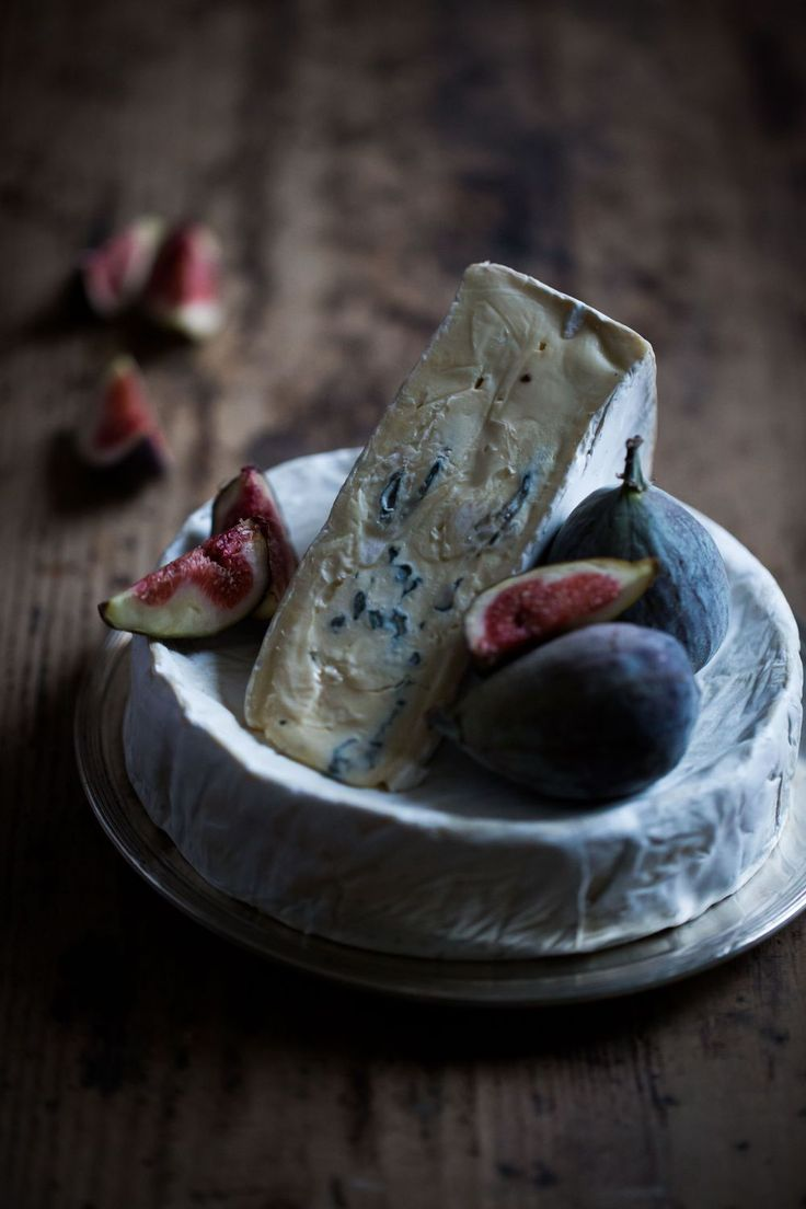Blue Cheese with Fresh Figs