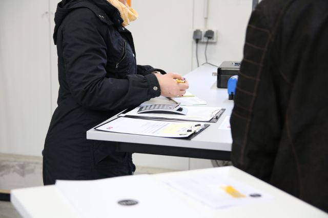 Ikea Ideen Für Jugendzimmer ~ So ein höhenverstellbarer Schreibtisch ist eine prima Kassentheke